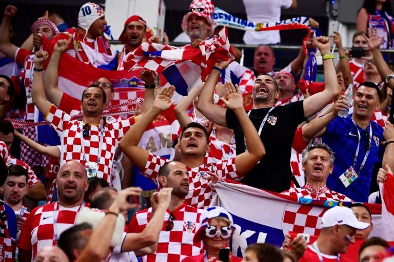 Los hinchas croatas se reconcilian con su selección... por ahora