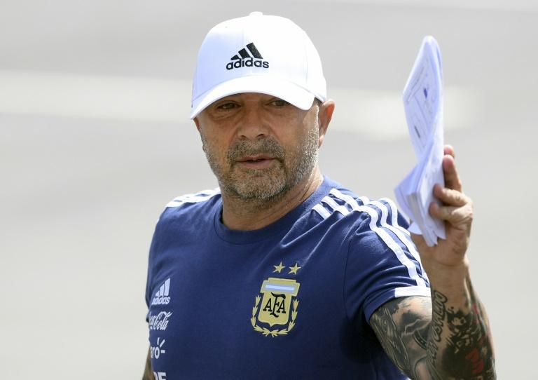Sampaoli dirige el entrenamiento de Argentina tras ser ratificado por Tapia