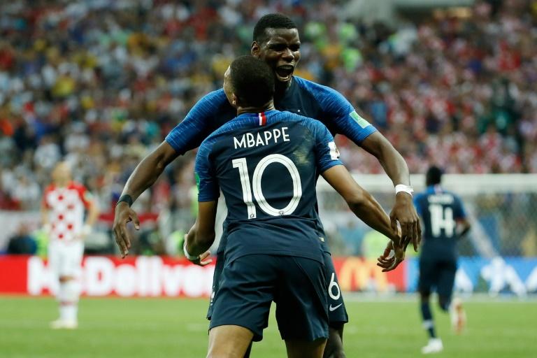 Una joven revolución francesa conquistó el planeta fútbol
