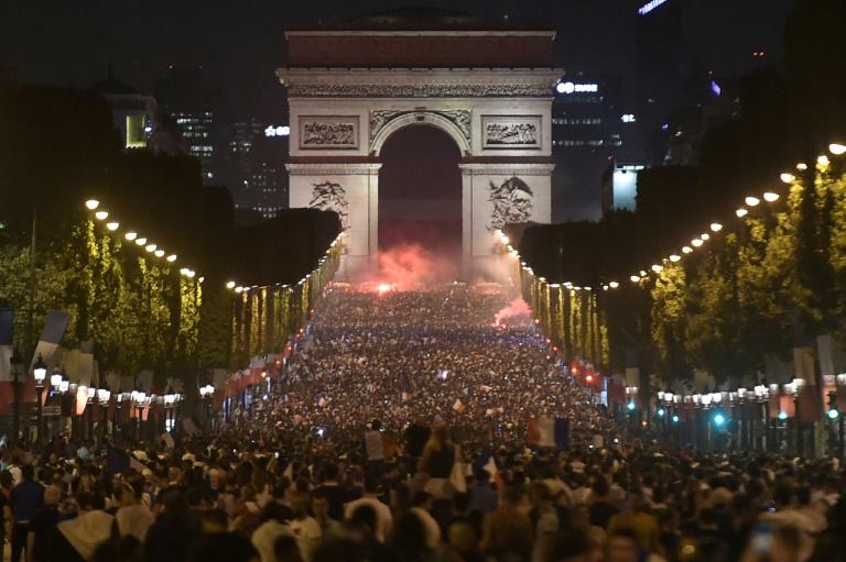 París celebra la clasificación de Francia a la final de Rusia-2018