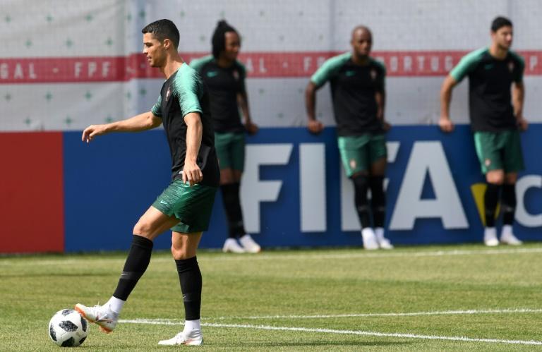 Ronaldo se la juega contra Irán, España y Uruguay buscan evitarse en octavos